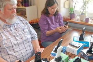 seniorenhandy-test-beide-testpersonen